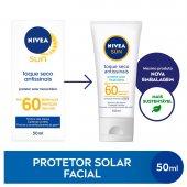 Protetor Solar Facial Nivea Sun Toque Seco Antissinais FPS 60 com 50ml